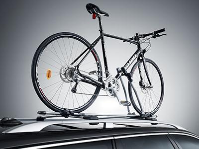Cykelhållare i stål rammonterad