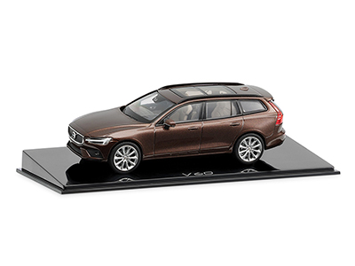 Volvo V60 1:43 Maple Brown