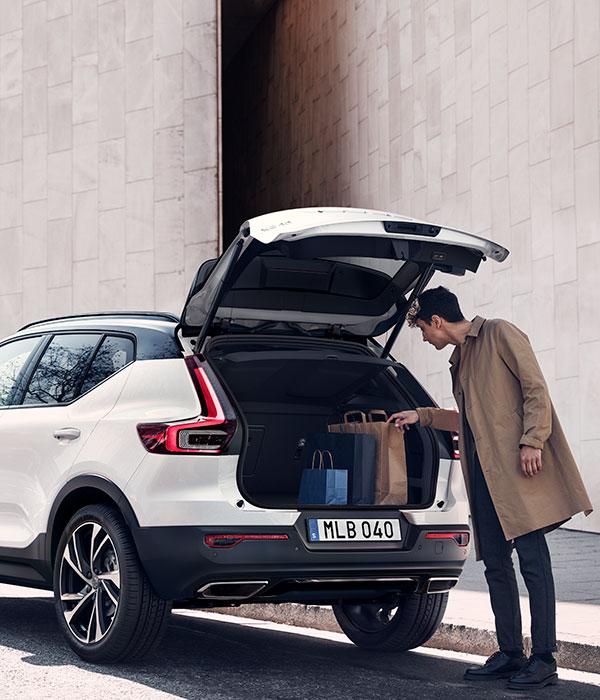 Volvo In-car Delivery - beställ på nätet och få leverans direkt till din bil